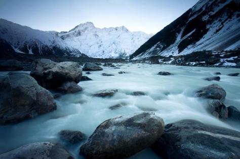 Mountains-Sea-Snow-New-Zealand-485x728
